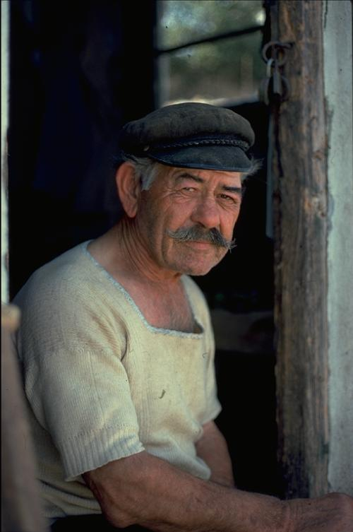 Old fisherman in Skiathos ca. 1976 - Photo: O.Leholt - Canon TX